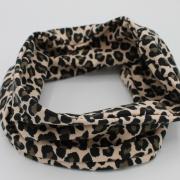 Handgemaakte colsjaal leopard